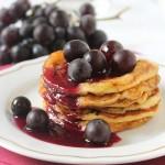 Pancakes alla ricotta e uva fragola