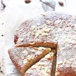 Torta di mandorle con mascarpone (gluten free)
