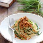 Spaghetti con agretti e colatura di alici