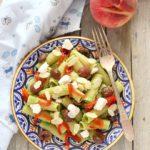 Rigatoni al pesto di fagiolini con olive e peperoni
