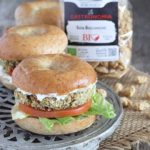 Mini bagel con burger di soia